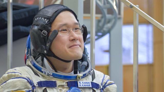 Astronauta preocupado por estar 9 centímetros mais alto