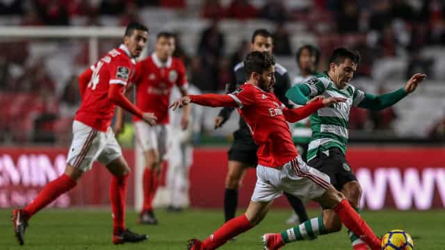 Imprensa nacional: Governo chamado a intervir na Liga portuguesa