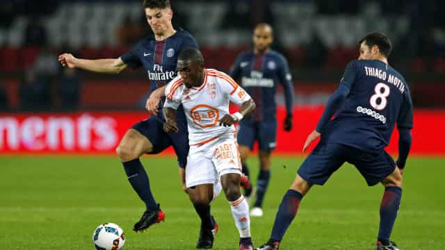 Franceses asseguram: FC Porto já tem acordo por Majeed Waris