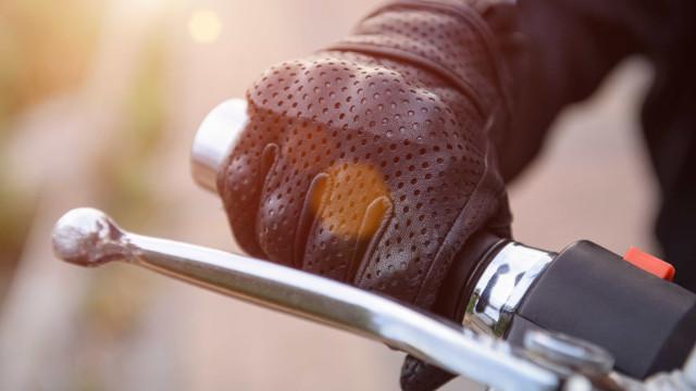 Motociclista despista-se e morre em Vila Verde, Braga