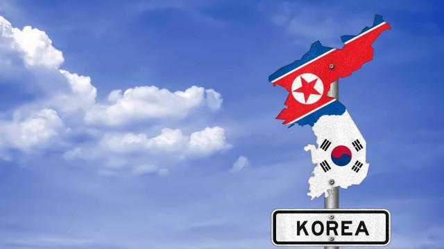 Coreias reúnem-se para instalar linha telefónica entre chefes de Estado