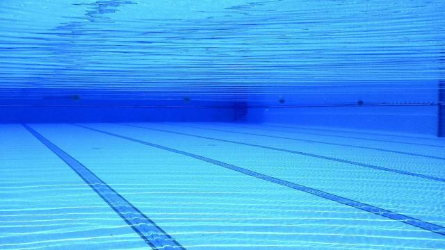 Criança morre afogada em piscina de hotel na Bahia