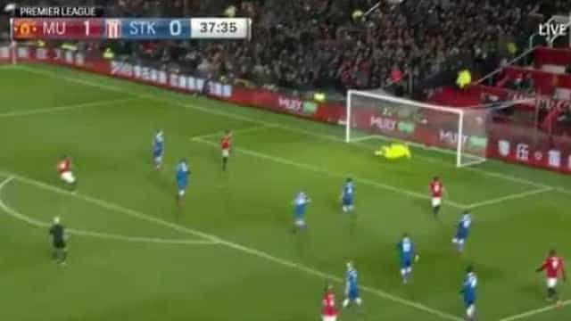 Remate incrível de Martial deixou Mourinho mais tranquilo