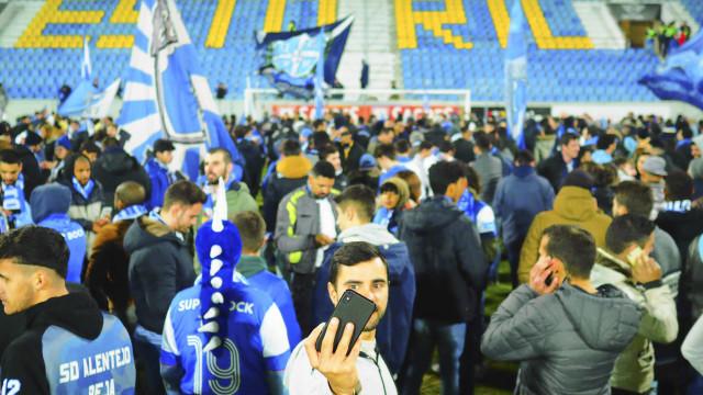 Estoril-FC Porto não vai ser retomado e fica adiado