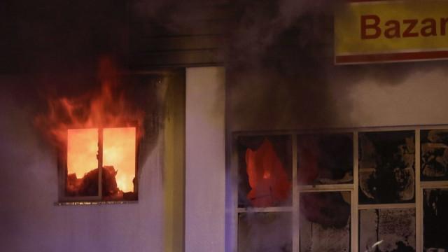 As imagens do incêndio que lançou o pânico em Lisboa
