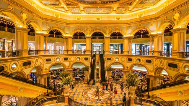 Conheça os casinos mais luxuosos do mundo