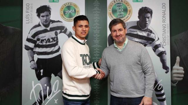 Sporting oficializa Fredy Montero