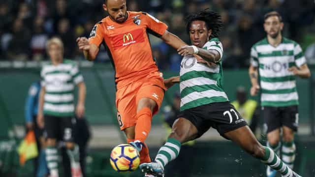 """Paulinho oficializado: """"É um sonho para mim jogar no FC Porto"""""""