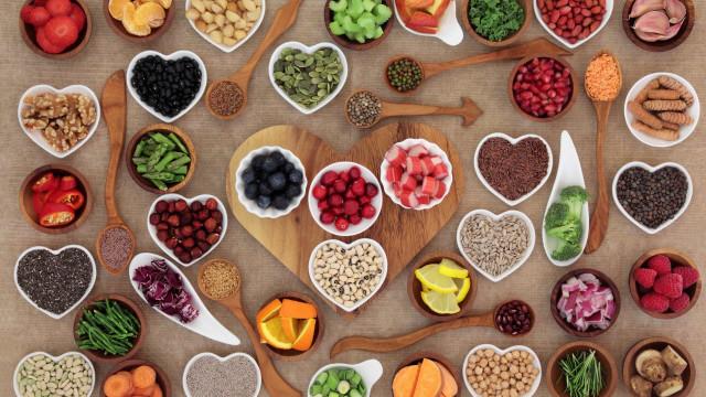 Os alimentos com mais antioxidantes que deve incluir na dieta