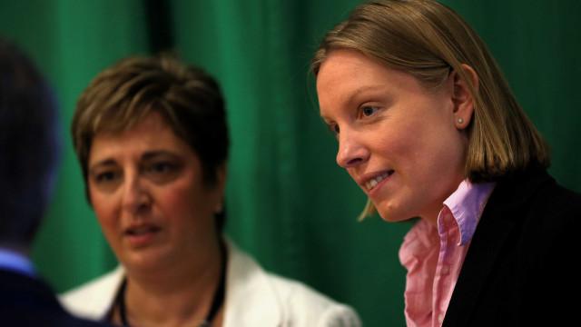 Theresa May nomeia ministra para lidar com a Solidão