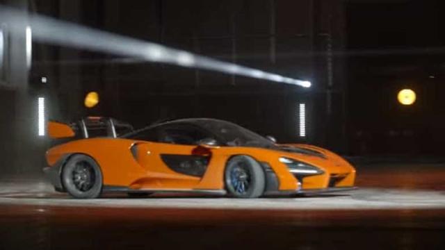 O McLaren Senna está aí e já 'brinca' nas novas instalações da marca