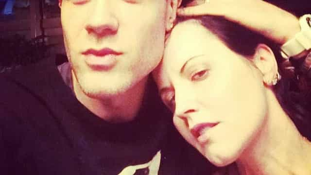 Namorado de Dolores O'Riordan quebra silêncio após morte da cantora