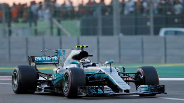 Fórmula 1: 'Guerra' entre Ferrari e Mercedes já começou