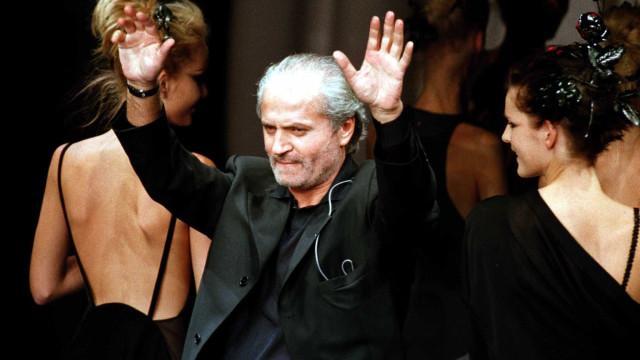 Série revela que Gianni Versace tinha sido diagnosticado com sida