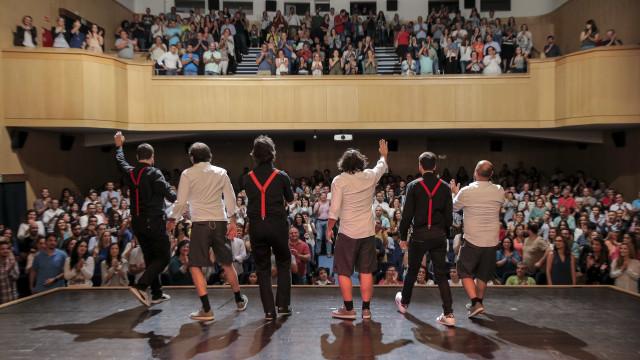 Commedia a la Carte celebra 18 anos com espetáculo em maio em Lisboa