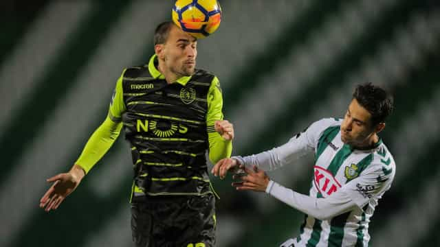 Erro de Mathieu 'ao cair do pano' põe liderança do Sporting em risco