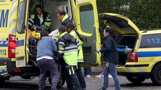Acidente com quatro carros na A25 faz um ferido grave