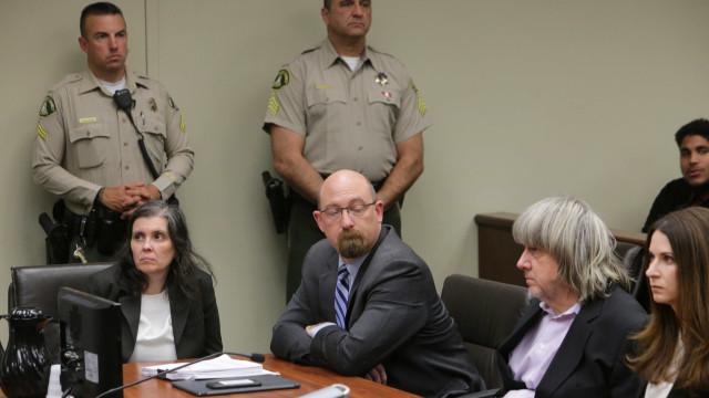 David Turpin acusado de abusar sexualmente de uma das filhas