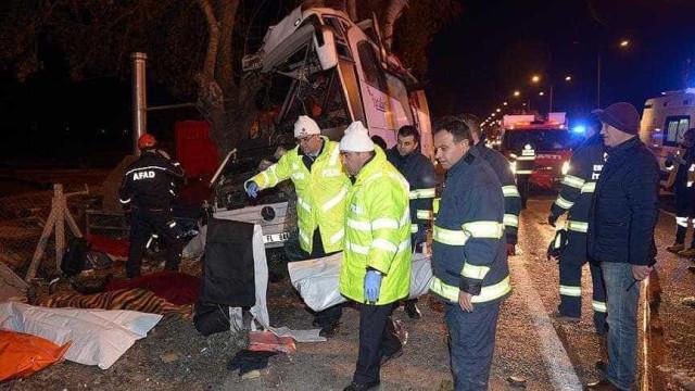 Onze pessoas morrem em acidente de autocarro na Turquia