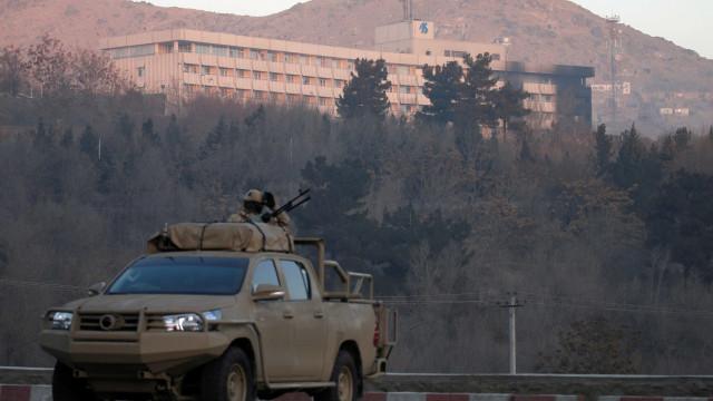 Ataque a hotel em Cabul terminou, dos seis mortos um é estrangeiro