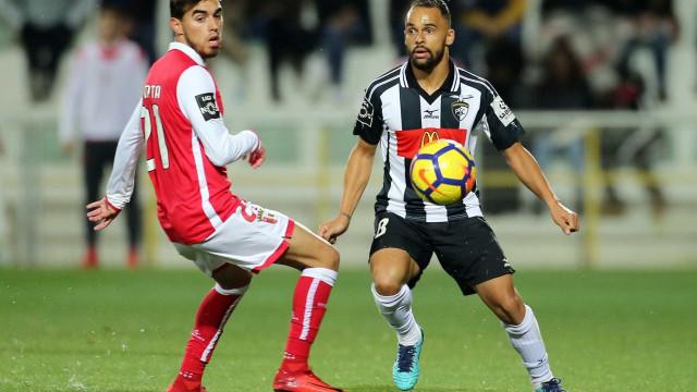 "Paulinho confirma transferência: ""Vou já para o Porto"""