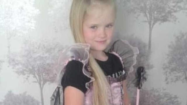 Revelada identidade da menina de oito anos assassinada no Reino Unido