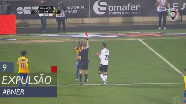 Estoril reduzido a 10 após decisão polémica de Jorge Sousa