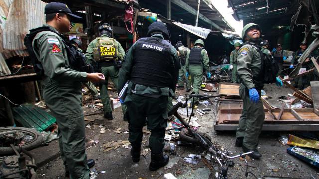Três mortos e 18 feridos em explosão de bomba em mercado da Tailândia