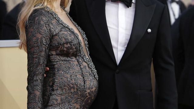 Ator Jason Clarke já é um homem casado e está prestes a ser novamente pai