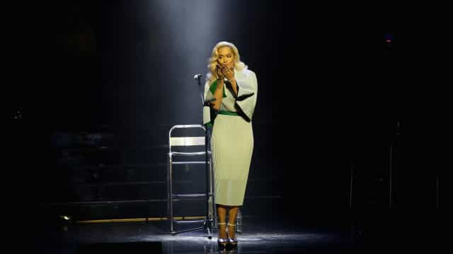 Rita Ora vem a Portugal para atuar num festival