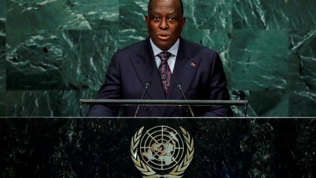 Certidão do processo de Manuel Vicente seguiu para Angola