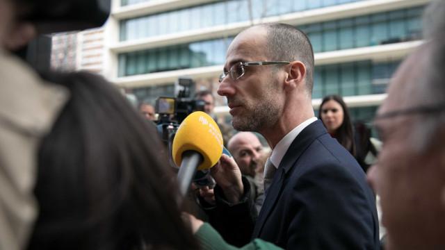 Orlando Figueira teve luz verde para arquivar casos contra Manuel Vicente
