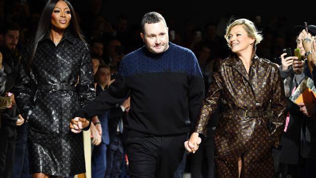 Naomi Campbell e Kate Moss desfilam novamente juntas