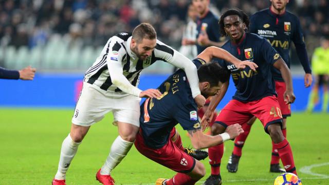 Juventus não tira o pé do acelerador e mantém-se na sombra do líder