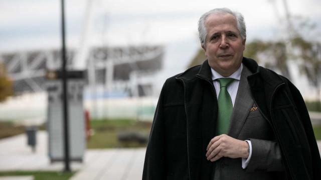Fizz: Orlando Figueira admite condenação e vai apresentar queixa