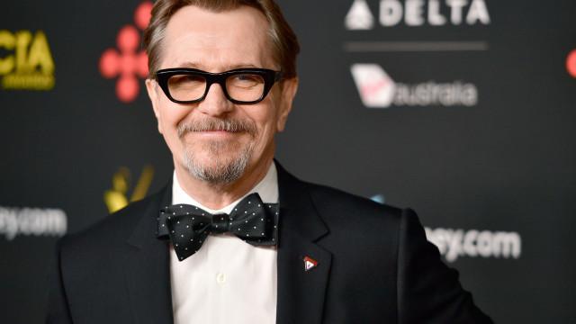 Óscares: 'Ex' de Gary Oldman acusa a academia de premiar abusadores