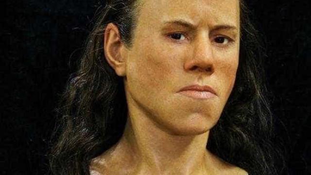 Esta é a cara de uma adolescente com nove mil anos