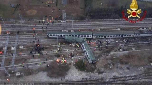 Descarrilamento de comboio em Milão faz quatro mortos e 10 feridos graves