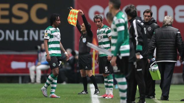 Gelson lesiona-se, falha final da Taça da Liga e tem Clássico em risco