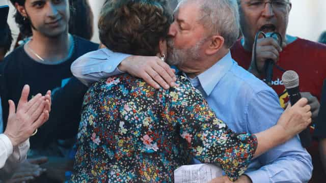 PT anuncia candidatura de Lula da Silva às presidenciais de outubro