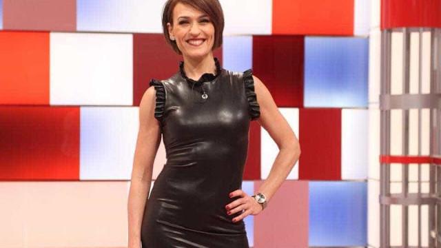 "Fátima Lopes escolhe ""estilo Cat Woman"" e recebe elogios"