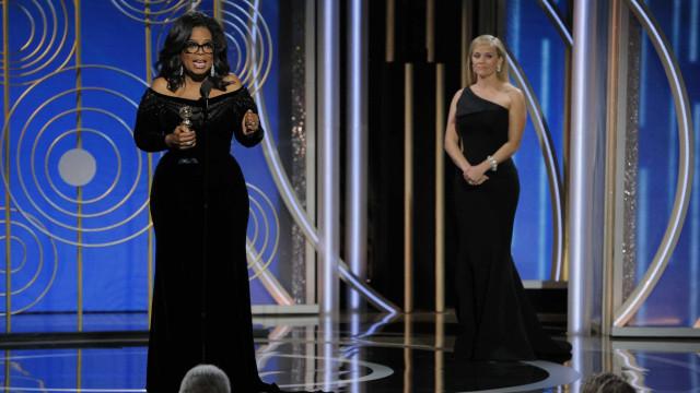 Falhas com photoshop deixam Oprah com três mãos e Reese com três pernas