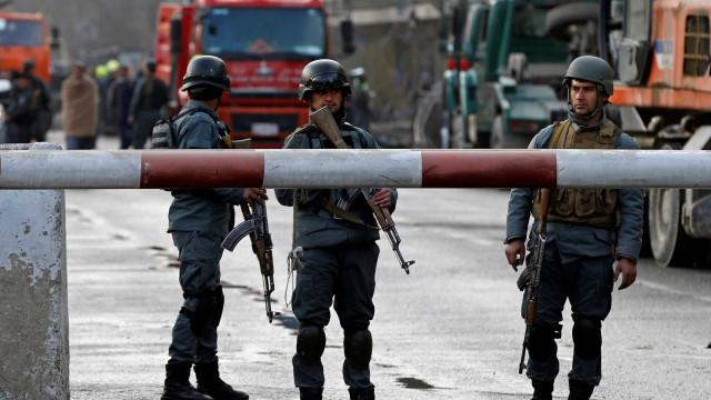 Afeganistão: Novo balanço eleva números para 95 mortos e 158 feridos