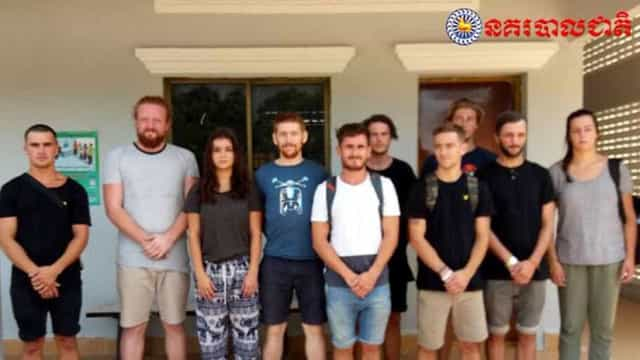 """Grupo de amigos preso no Cambodja por causa de """"dança pornográfica"""""""