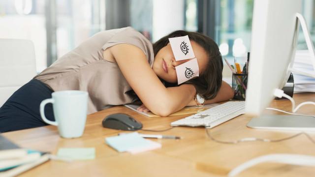 Sabe mesmo quantas horas deve dormir por noite?