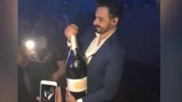 Compra garrafa de champanhe de 34 mil euros e deixa-a cair ao chão