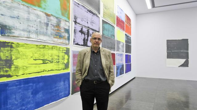 Pedro Calapez expõe três séries de obras no Luxemburgo