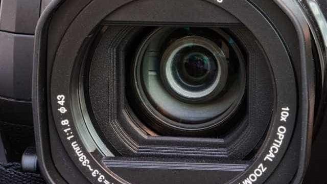 Casal encontra câmara escondida em apartamento alugado no Airbnb