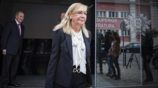 """Do fim da """"justiça dos pobres e ricos"""" à """"infeliz"""" ministra Van Dunem"""