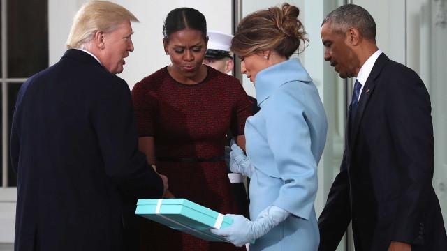 Michelle Obama fala da estranha troca de presentes com Melania Trump